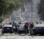 Al menos 10 muertos y 42 heridos al explotar una furgoneta bomba en Kabul
