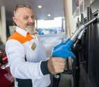 El precio de los carburantes sube en la Ribera por tercer verano consecutivo