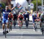 Gilbert gana y Quintana agita el podio en los abanicos hacia Guadalajara