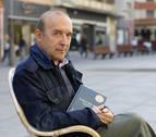 """José María Plaza: """"La poesía, como los idiomas, hay que aprenderla de niño"""""""