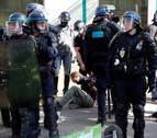 Un centenar de detenidos, en las protestas de los 'chalecos amarillos' en París