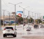 Lorena se degrada a tormenta después de causar daños en Baja California Sur