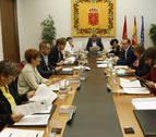 El Gobierno emite informes contra la ley de Símbolos y la derogación del mapa local