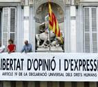 Despliegan en la Generalitat otra pancarta sobre la libertad de expresión