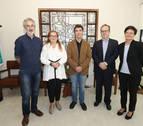 El consejero Eduardo Santos se reúne con el Colegio de Abogados de Pamplona