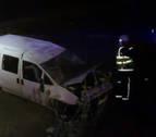Herido un conductor tras salirse con su furgoneta de la AP-15 en Marcilla