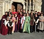 Alumnos de la Universidad de Navarra llevan las batallas medievales a Roncesvalles