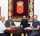 Cruz Roja traslada su labor al presidente del Parlamento de Navarra
