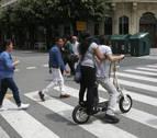 Centenares de avisos y denuncias a bicis y patinetes en Pamplona en cinco días