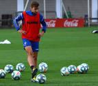 Moncayola y Navas vuelven de forma parcial al entrenamiento