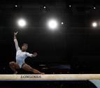 Simone Biles sella su quinto título mundial del concurso completo