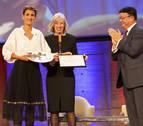 Chivite recoge en París el premio de la Unesco al programa Skolae
