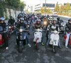 Medio centenar de 'Vespas' toman las carreteras navarras