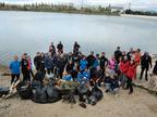 Bañeras, bicicletas...: 'viaje' al fondo de la balsa de La Morea