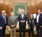 Maya recibe a la Asociación de Empresas Familiares de Navarra