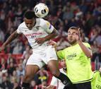 El Sevilla sufre hasta abrir la lata del Dudelange