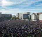 Miles de asistentes en la protesta contra la sentencia del caso Alsasua en Pamplona