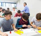 Alumnos de Bachillerato de Pamplona emulan el proyecto de un ingeniero