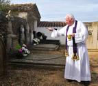 Los cementerios pequeños se llenan