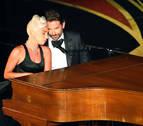El amor de pega de Lady Gaga y Bradley Cooper