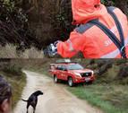 Los bomberos rescatan a una perra en Arróniz