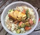 Tartar de salmón con aguacate y arroz basmati
