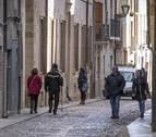 La Rúa recibe a peregrinos tardíos antes de poner el cartel de obras