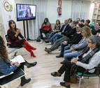 Dolores Redondo desvela claves de su escritura en el Club de Lectura de Diario de Navarra