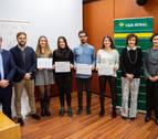La UPNA y Caja Rural entregan los premios de fin de estudios de emprendimiento