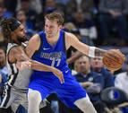 Triple-doble de Doncic con 42 puntos para la victoria de Mavericks ante los Spurs