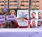 Concentración ante los juzgados en apoyo a la víctima de La Manada en Pozoblanco