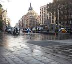 Desalojada la acampada de la plaza de la Universitat de Barcelona