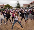 Ante el machismo, Beriáin responde con baile intergeneracional