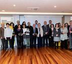 Premiados 7 voluntarios de Profesionales Solidarios por cuidar a mayores y niños