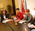 El Gobierno y EH Bildu presentan su acuerdo, con un aumento del techo de gasto de casi 17 millones