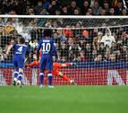 El Valencia deja los deberes para la última jornada en Amsterdam