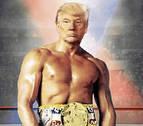Donald Trump saca