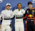 Hamilton saldrá desde la 'pole' en Yas Marina y Sainz arrancará octavo