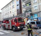 Atendidos varios agentes de policía tras acudir al incendio de una vivienda en San Jorge
