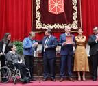 Adacen recibe la Medalla de Oro y reivindica que