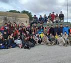 Alumnos de la Universidad de Navarra aprenden sobre liderazgo en los Monegros