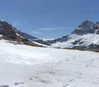 Rescatado un esquiador de Pamplona en el Pirineo de Huesca