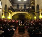 El coro del IES Sancho III El Mayor de Tafalla se despide con el Oficio de Navidad