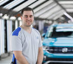 Un joven trabajador de Volkswagen Navarra, entre los mejores aprendices del Grupo