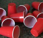 El Parlamento amplía el plazo para prohibir el uso de productos de plástico de un uso