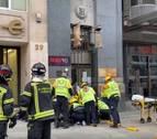 Una mujer, en estado crítico tras caerle un cascote en el centro de Madrid