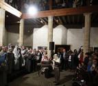 La Pía Unión de Auroros de Santa María levanta el telón navideño en Pamplona