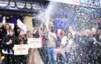 Doña Manolita celebra su buena suerte con el Gordo y cuatro premios más