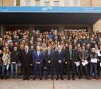 UPNA y Caja Rural becan a 427 alumnos para estudiar en 39 países