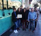 Andrea Sanjurjo y Cúrcuma ganan el concurso de escaparates de Navidad